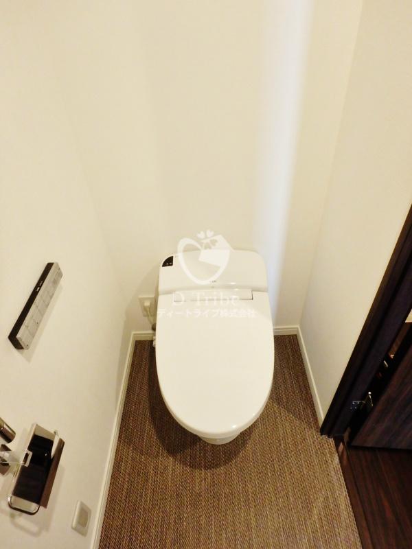 ラ・トゥール新宿ガーデン[2920号室]のトイレ ラ・トゥール新宿ガーデン