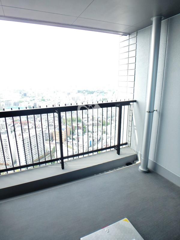 ラ・トゥール新宿ガーデン[2920号室]のバルコニー ラ・トゥール新宿ガーデン
