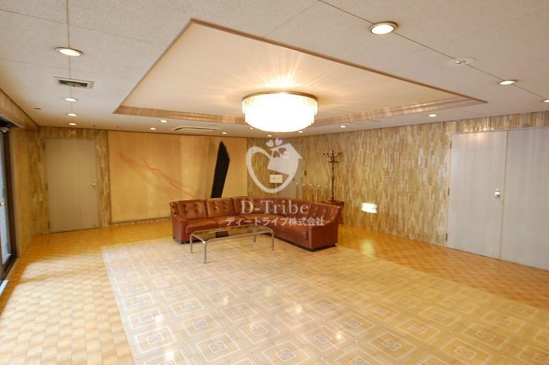 トーカンマンション南青山202号室の画像