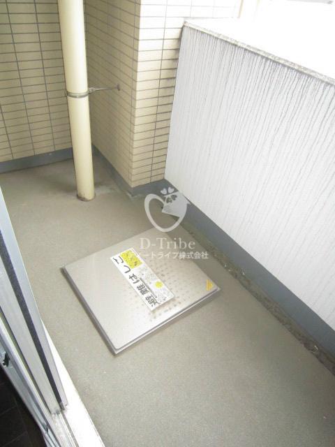 レジディア恵比寿南[405号室]のバルコニー レジディア恵比寿南