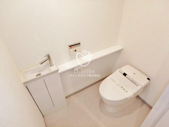 アパートメンツ都立大学[404号室]のトイレ アパートメンツ都立大学