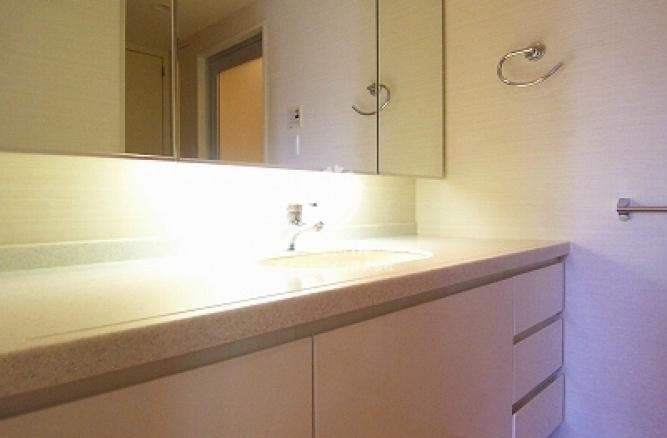 深沢ハウス[1403号室]の独立洗面台 深沢ハウス