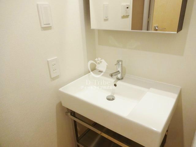 マニフィックコート広尾[502号室]の独立洗面台 マニフィックコート広尾