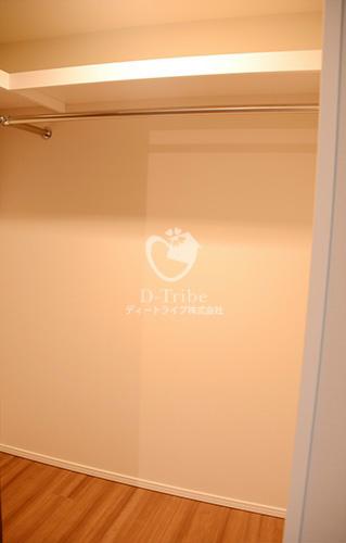 ラフォンテ麻布十番[602号室]のウォークインクローゼット参考写真 ラフォンテ麻布十番