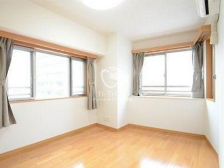 グランドパーク恵比寿センシュアス[6階号室]のベッドルーム グランドパーク恵比寿センシュアス