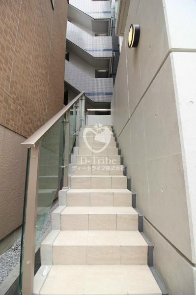 共用階段 ラスパシオ麻布笄町レジデンス