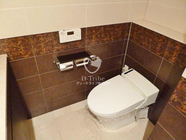 バーグ麻布[201号室]のトイレ バーグ麻布