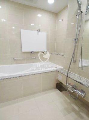 ザ・パークハウス西麻布霞町[1階号室]の浴室 ザ・パークハウス西麻布霞町