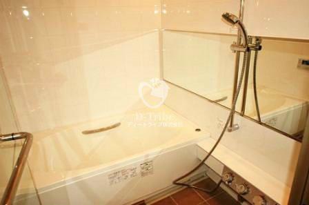 パークサイドシックス[303号室]の浴室 パークサイドシックス