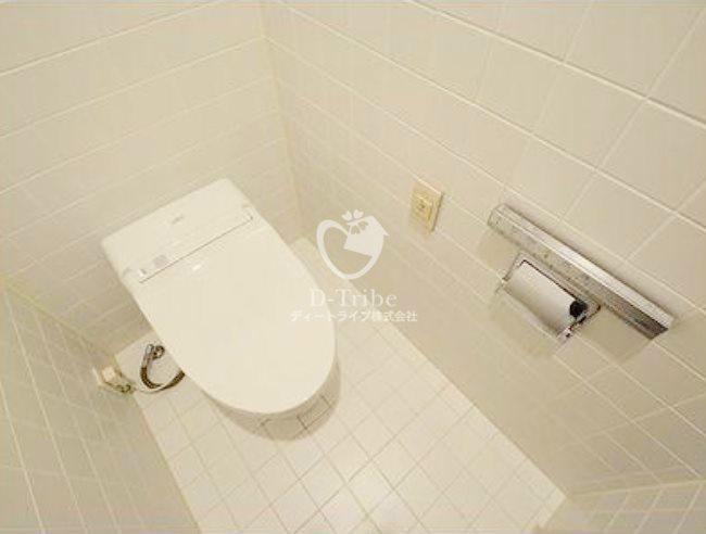 麻布霞町パークマンション[3階号室]のトイレ 麻布霞町パークマンション