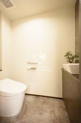 サンクタス有栖川2階号室の内装