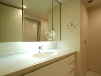 深沢ハウス[702号室]の独立洗面台 深沢ハウス