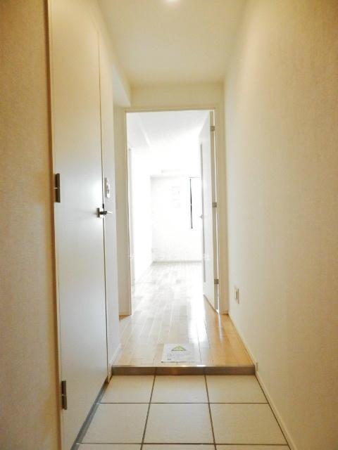 レジデンス白金コローレ[102号室]の玄関 レジデンス白金コローレ
