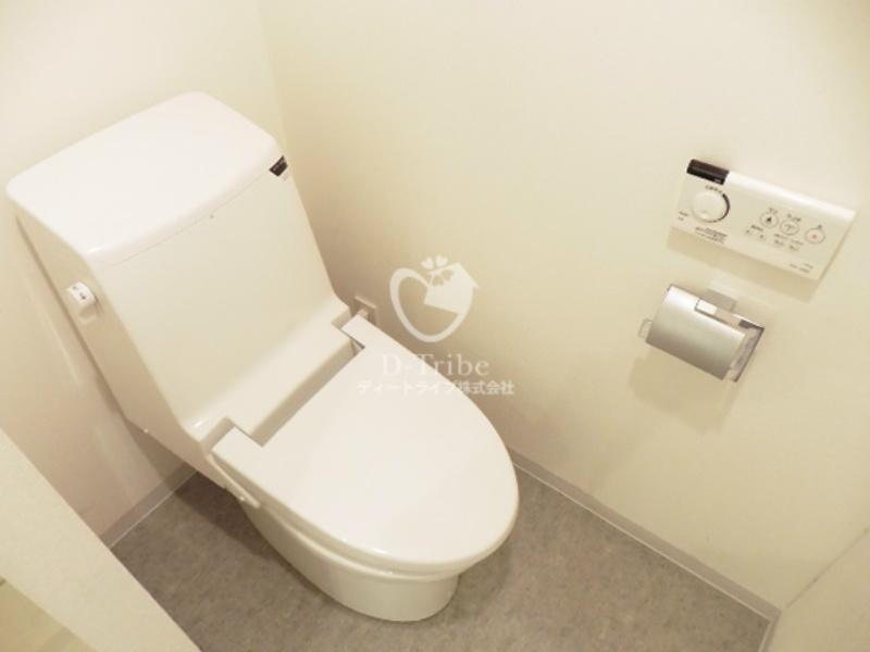 レジデンス白金コローレ[102号室]のトイレ レジデンス白金コローレ