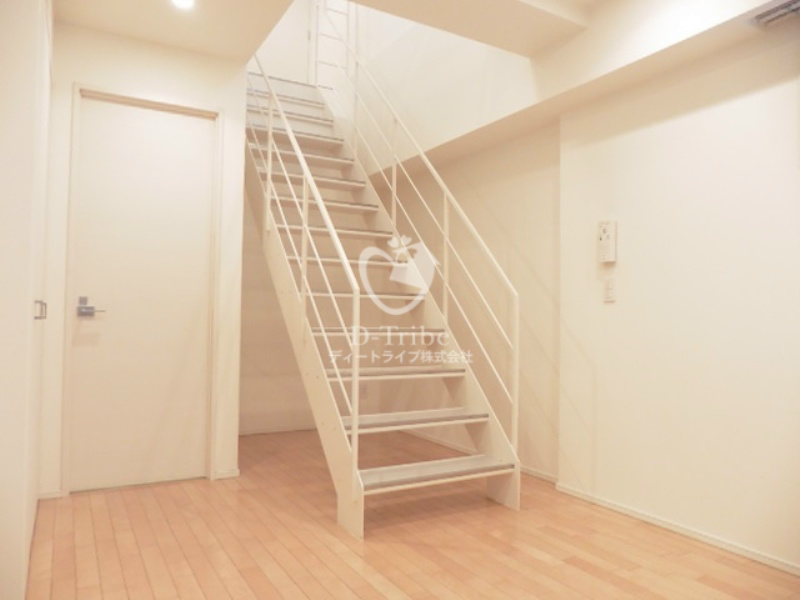 レジデンス白金コローレ[102号室]の洋室 レジデンス白金コローレ