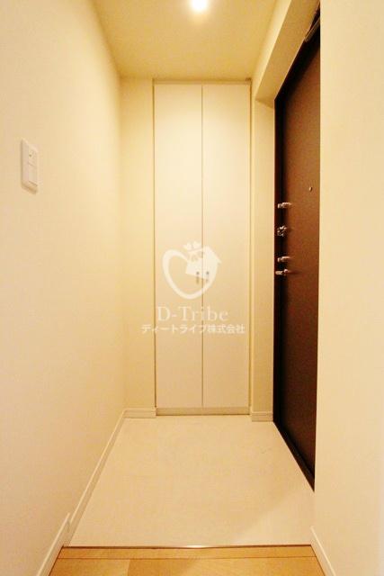 MFPR代々木タワー[1401号室]の玄関 MFPR代々木タワー
