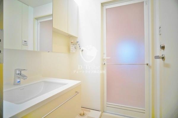 白金台アルビラ102号室の内装