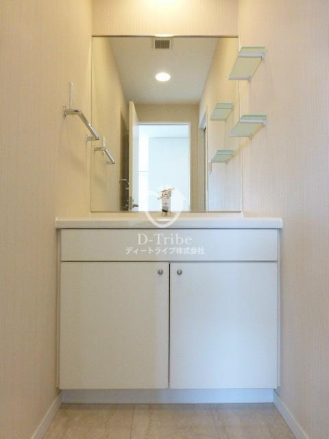 レジディアタワー麻布十番[604号室]の独立洗面台 レジディアタワー麻布十番