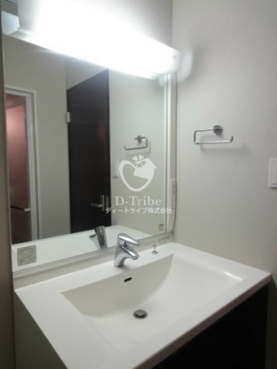 リーラハイツヒジリザカ[402号室]の独立洗面台 リーラハイツヒジリザカ