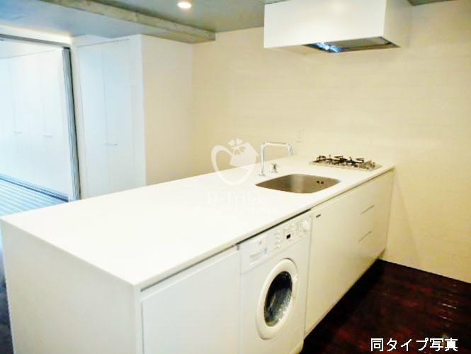イプセ渋谷[1008号室]のキッチン イプセ渋谷