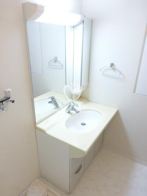 アイム白金高輪[801号室]の独立洗面台 アイム白金高輪