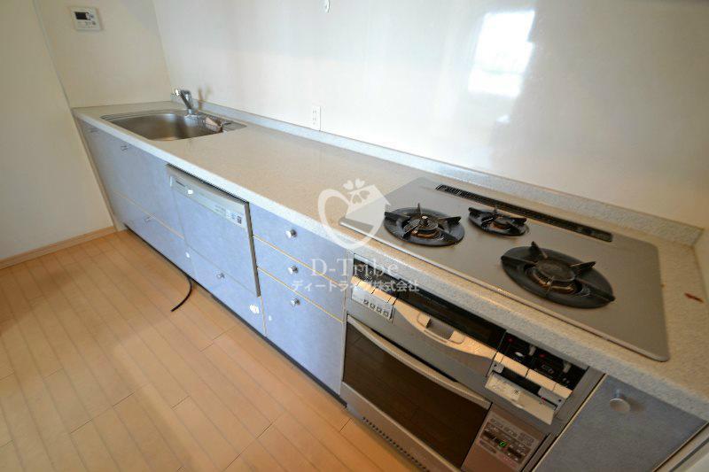エスティメゾン白金台[403号室]のキッチン エスティメゾン白金台