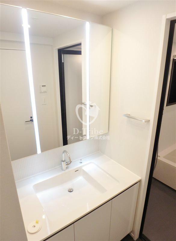 KDXレジデンス恵比寿[201号室]の独立洗面台 エルスタンザ恵比寿南