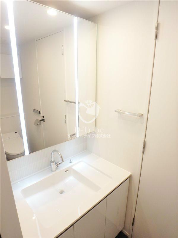 KDXレジデンス恵比寿[410号室]の独立洗面台 エルスタンザ恵比寿南