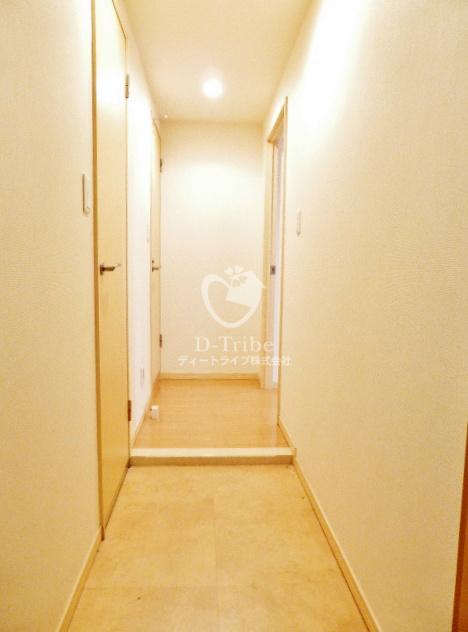 アルブル高輪[302号室]の玄関 アルブル高輪
