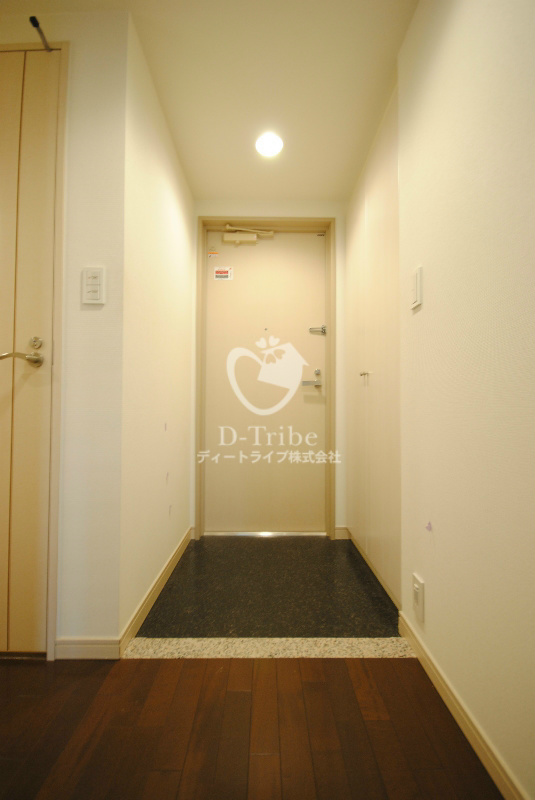 トレステージ目黒[601号室]の玄関 トレステージ目黒