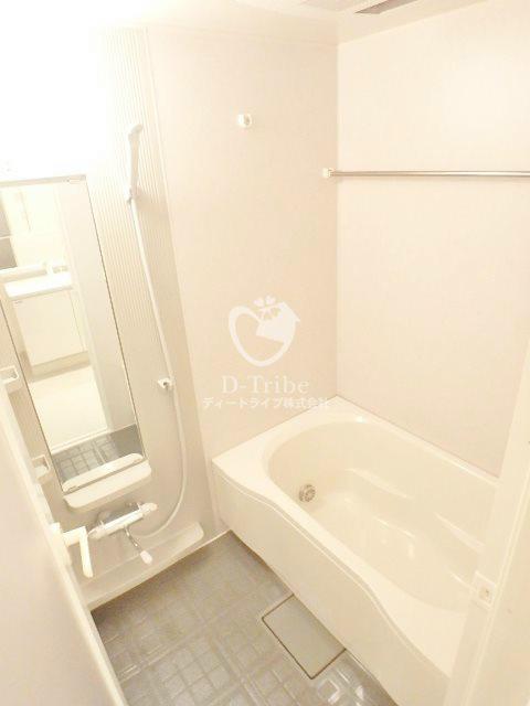 トレステージ目黒[1304号室]の浴室 トレステージ目黒