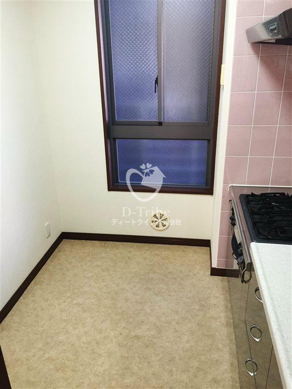 THE NAAK(ザ・ナーク)401号室の画像