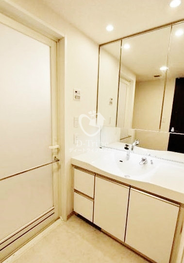 コンフォリア田町[503号室]の独立洗面台 コンフォリア田町