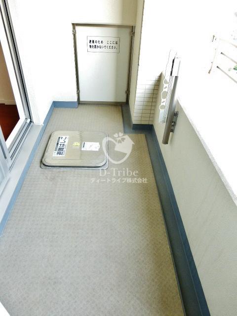 Park Axis白金台(パークアクシス白金台)[604号室]のバルコニー パークアクシス白金台