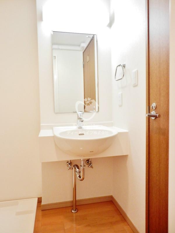 エルスタンザ白金[702号室]の独立洗面台 KDXレジデンス白金3