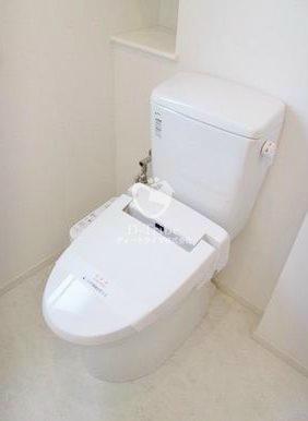 パークアクシス白金[303号室]のトイレ パークアクシス白金