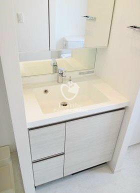 パークアクシス白金[303号室]の独立洗面台 パークアクシス白金