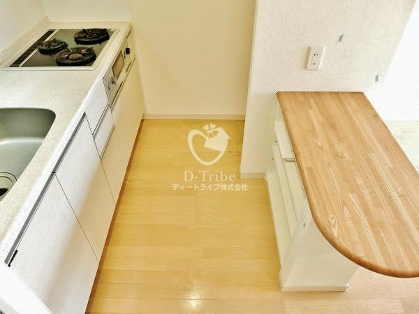 パインコート恵比寿[303号室]のキッチン パインコート恵比寿