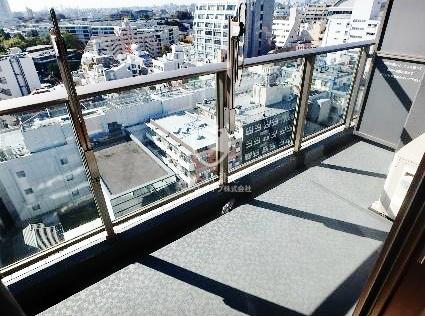 パークアクシス渋谷桜丘ウエスト[604号室]のバルコニー パークアクシス渋谷桜丘ウエスト