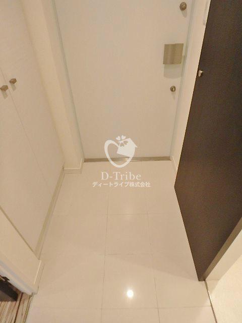 ベルファース目黒[703号室]の玄関 ベルファース目黒