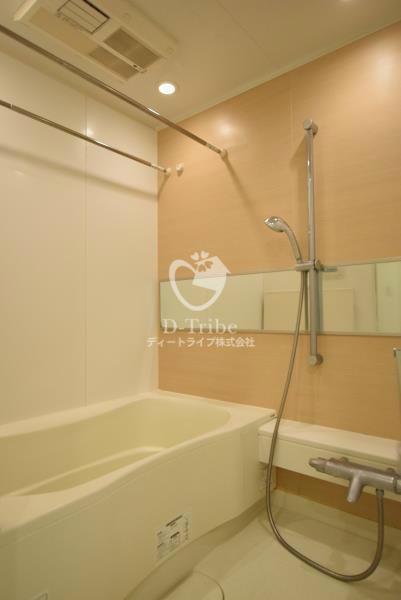 アパートメンツタワー麻布十番[301号室]のバスルーム アパートメンツタワー麻布十番