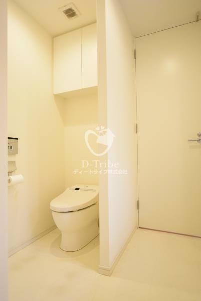 アパートメンツタワー麻布十番[301号室]のトイレ アパートメンツタワー麻布十番