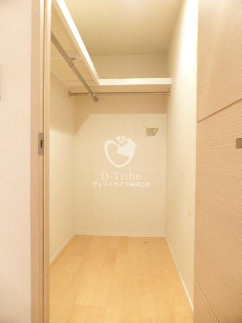 カスタリア麻布十番704号室の内装
