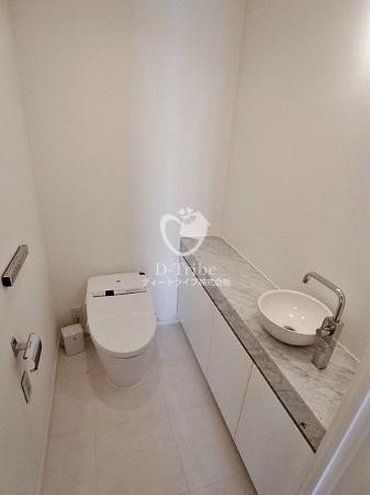 トイレ パークコート赤坂ザタワー