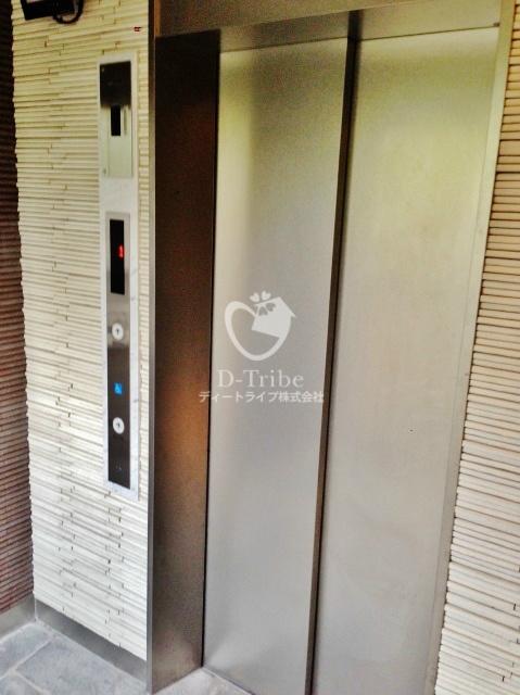 エレベーター REGZE白金高輪