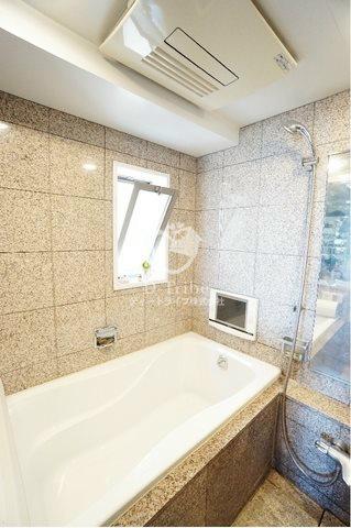 オリンピアード麻布霞坂[6階号室]の浴室 オリンピアード麻布霞坂