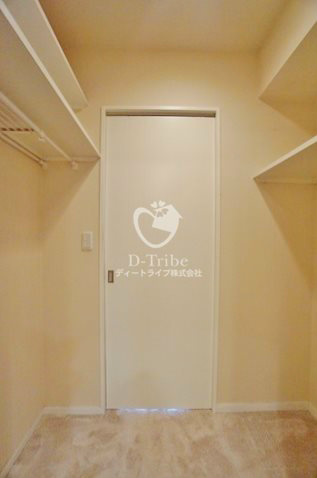オリンピアード麻布霞坂6階号室の内装