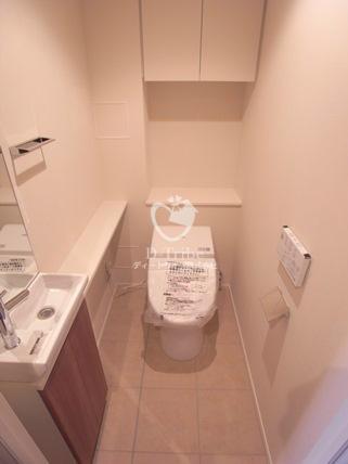 パークハビオ赤坂タワー[2003号室]のトイレ パークハビオ赤坂タワー