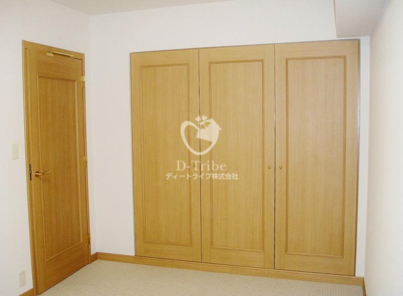 NK青山ホームズ607号室の内装